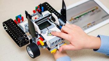Programmation robotique avec les robots LEGO® Mindstorms EV3 et leur logiciel en glisser-déposer